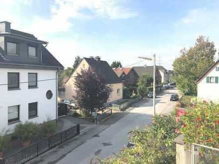 ***Schöne 3 Zi. Wohnung mit Balkon in Lev.-Bürrig***