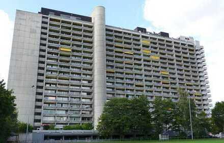 FREI! 1-Zimmer-Apartment mit Loggia und TG-Stellplatz in herrlicher Lage von Rüppurr