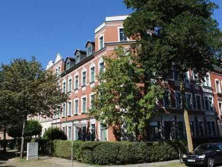 Schöne 2 Raum Wohnung mit 51 m²,Laminat,Bad mit Wanne