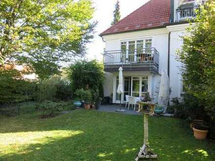 frei, 3,5 Zimmer-Gartenwohnung in Villenviertel O`menzing, S-W Garten nicht einsehbar, 2 Bäder