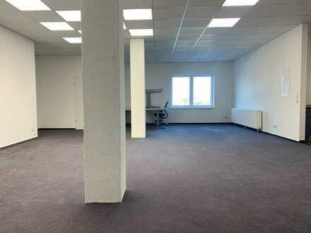 Einraumbüro mit Küche und renoviertem Badezimmer in Dortmund Wickede