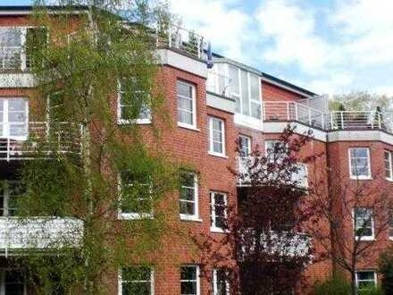Gemütliche 3-Zimmer-Wohnung im Dachgeschoss mit Dachterrasse!