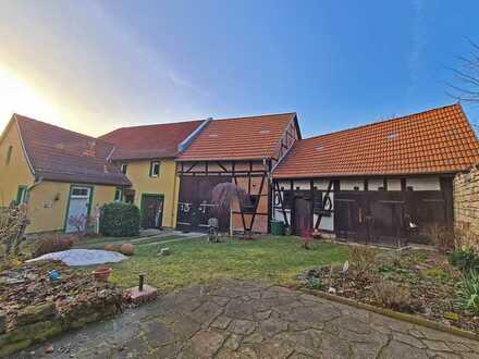 Fachwerkhaus in Schmira: einzigartig und detailverliebt