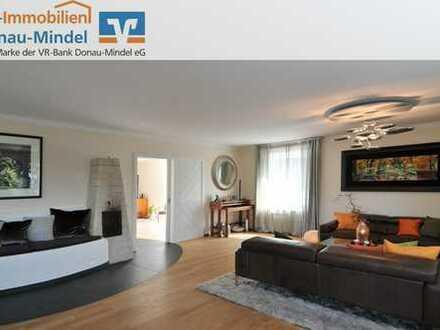 Große Eigentumswohnung mit gehobener Ausstattung und Garten in Reisensburg