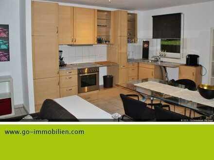 Komplett ausgestattete ca. 95 m² Wohnung mit großer Terrasse - WG geeignet!