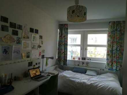 Studentenwerk flat - from August.
