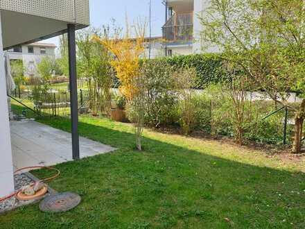 Ruhige Erdgeschosswohnung mit zwei Zimmern, Terrasse und Garten in Neuburg, zentrale Lage
