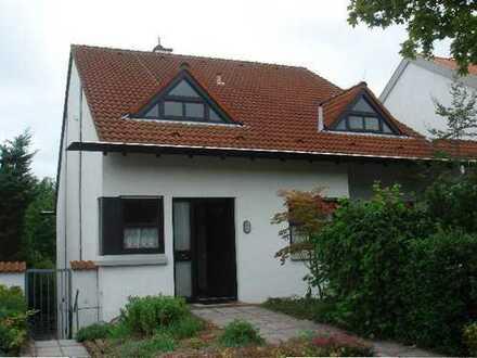 Schönes Haus mit acht Zimmern in Worms, Horchheim