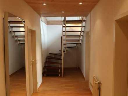 Schöne vier Zimmer-Maisonette- Wohnung in Mannheim, Schwetzingerstadt / Oststadt