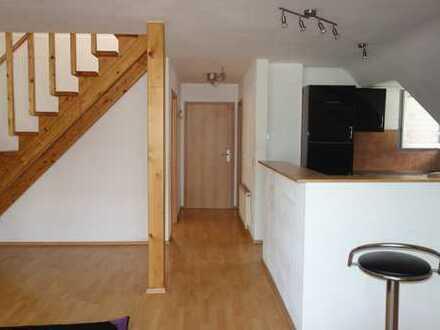 Exklusive, modernisierte 3-Zimmer-Maisonette-Wohnung mit Balkon und Einbauküche in Hürth-Hermülheim
