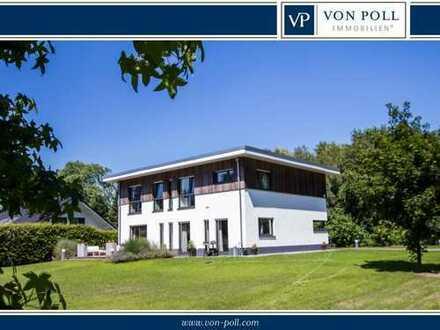 Hochwertiges Einfamilienhaus in modernem Baustil mit traumhaftem Grundstück