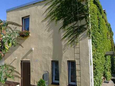 Ein-/Zweifamilienhaus in Stadtrandlage