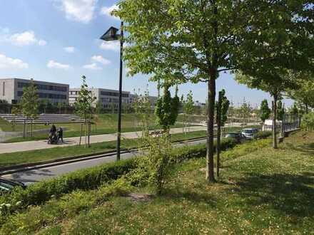 offene Wohnung mit TOP Ausblick direkt am Park