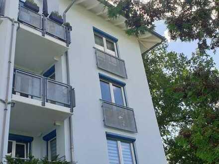 *Wohlfühlen garantiert!* Sanierte 3-Raumwohnung mit Balkon & Tiefgarage