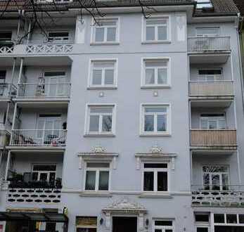 Schöne Jugendstil-Drei-Zimmer-Wohnung in Hamburg, Winterhude