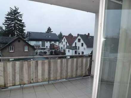 Lichtdurchflutete 3-Zimmer-Wohnung mit Balkon und Terrasse in Darmstadt-Eberstadt