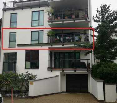 Moderne 3 Zi. mit Vollbad, EBK und gr. Balkon