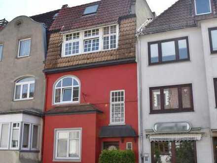 Provisionsfrei für Käufer! Charmante 3-Zimmer-Eigentumswohnung mit Dachterrasse in Bremen-Buntentor