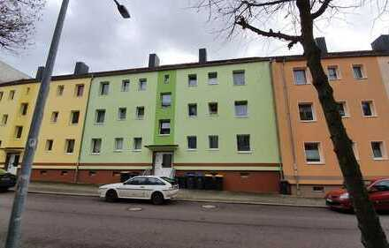 Lukrative Anlage: 2 Zimmer-Eigentumswohnung mit Balkon und Einbaucküche in Burg zu verkaufen