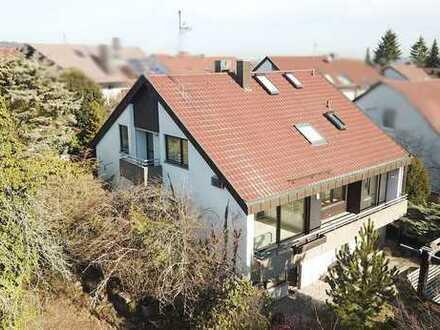 Großzügige Villa in idyllischer Lage und einem herrlichen Blick ins Grüne