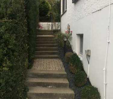 Schönes, geräumiges Haus mit fünf Zimmern in Reutlingen (Kreis), Wannweil