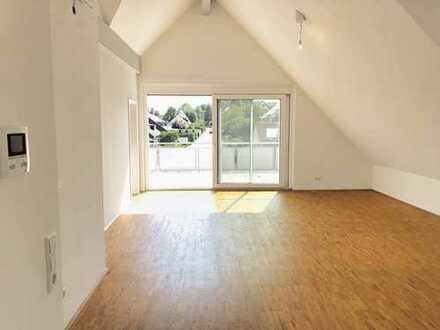 Exklusive und neuwertige 4-Zimmer-Wohnung mit herrlicher Sonnen-Dachterrasse und TG-Stellplatz
