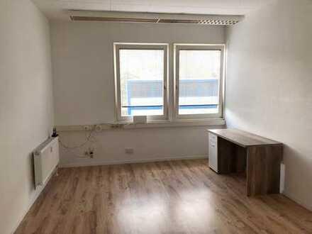 Schönes renoviertes Büro, Gernsbach ca. 18qm, € 175,- zzgl. NK/HZ