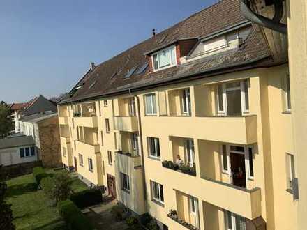 *Erstbezug * TOP sanierte 2 Zimmerwohnung mit hochwertiger EBK, Balkon und einem modernen Wannenbad