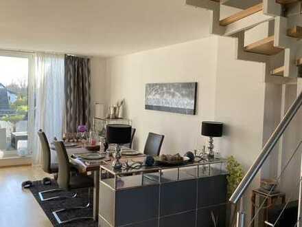 DG Maisonette-Wohnung mit traumhaften Ausblick auf das angrenzende Naturschutzgebiet und Süd Balkon