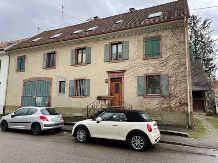 Mehrfamilienhaus in zentraler Lage in Haltingen