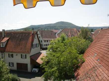 Seltene Gelegenheit: Sonnige 4,5-Zimmer-Maisonette-Wohnung mitten im Herzen von Mössingen