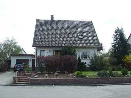 Hüfingen -Einfamilienwohnhaus mit Garage in bevorzugter Wohnlage-