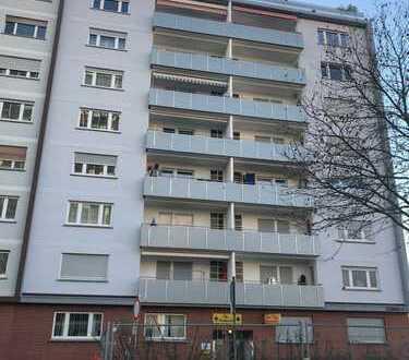 Gemütliche 1-Zimmer-Wohnung mit neuer EBK und sonnigem Balkon zwischen Hbf und Innenstadt gelegen !