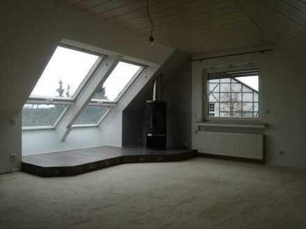 Neuwertige 2-Zimmer-Dachgeschosswohnung mit Einbauküche in Nordrhein-Westfalen - Fröndenberg (Ruhr)