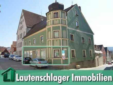 Barrierefrei zugänglich! Kompakter Laden- bzw. Büroraum inmitten der Stadt Velburg