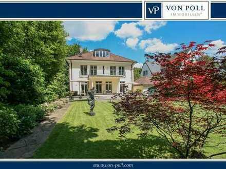 Stilvoll ausgestattete Villa mit parkähnlichen Garten in Top Lage