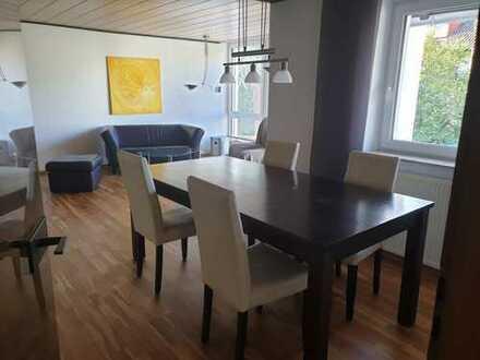 Stilvolle, gepflegte 3-Zimmer-Wohnung mit Einbauküche, vollständig möbliert in Darmstadt