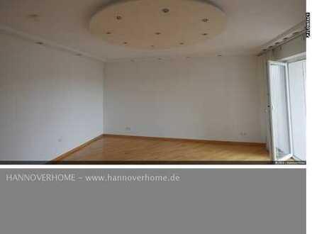 Schick sanierte Dreizimmerwohnung in toller Lage von Groß Buchholz