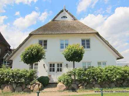 Wohnen wo andere Urlaub machen… Schickes Einfamilienhaus mit 5 Zimmern in Kirchwerder