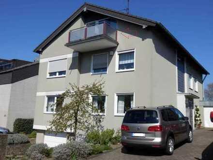 Gemütliches DG-Apartment mit Balkon in Essen-Frintrop