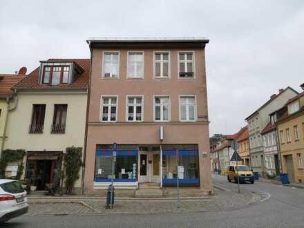 Wohn- und Geschäftshaus im Stadtkern