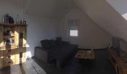 Schöne zwei Zimmer Wohnung in Bergstraße (Kreis), Lampertheim