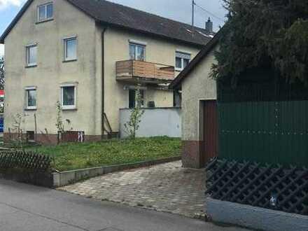 DHH mit zwei 3 Zimmer Wohnungen, Bühne und großem Grundstück