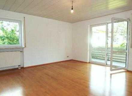 Helle 2 Zimmer Wohnung mit Balkon und Garage in Passau - Neustift, sucht langfristigen Mieter!