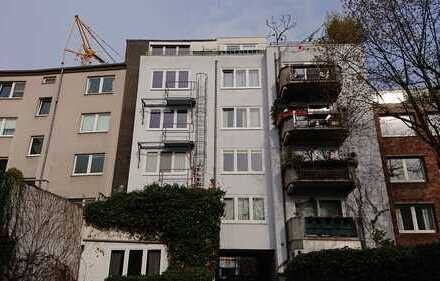 Schönes Apartment im Souterain. BESICHTIGUNG am 02.05.18 um 16:30UHR