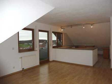 Dachgeschosswohnung in Ortsrandlage von Bernstadt