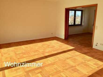 Schöne, lichtdurchflutete geräumige 4-Zimmer Wohnung in Pforzheim- Sonnenberg
