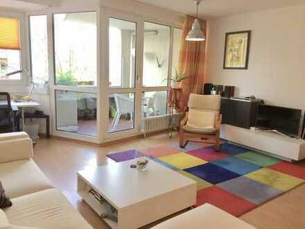 Ruhige und helle 3-Zimmer-Maisonette-Wohnung mit Balkon und Einbauküche in Sülz, Köln