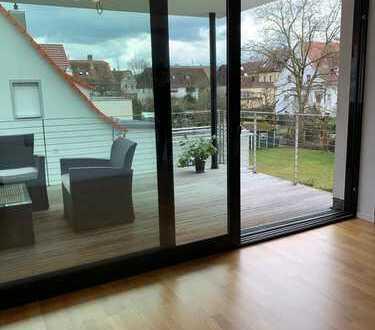 Wunderschöne zentralliegende 3.5 Zimmer Wohnung in einer der begehrtesten Lage Kirchheim Tecks