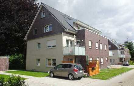 Neuwertige Obergeschosswohnung in zentraler Lage!